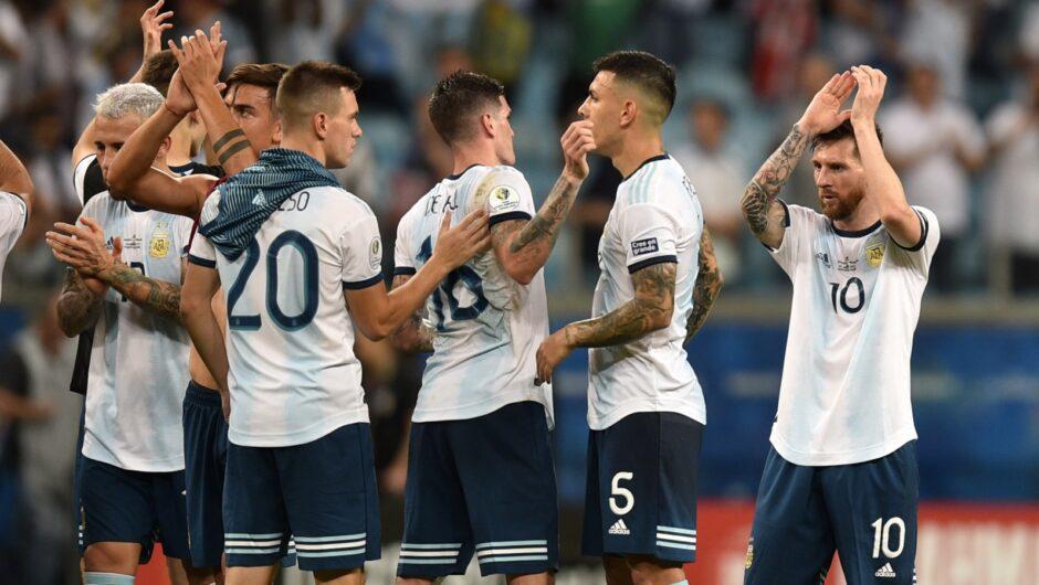 شاهد- بعد مشادة كلامية مع ميسي بمباراة سان جيرمان.. هل باتت أيام باريديس مع المنتخب الأرجنتيني معدودة؟