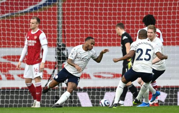 مانشستر سيتي يهزم أرسنال ويقترب من استعادة لقب الدوري الإنجليزي